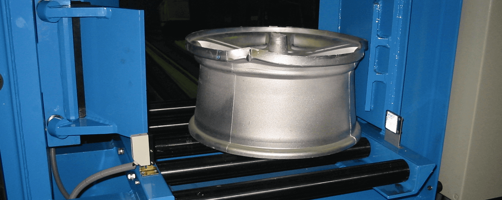 Wheelcrusher header